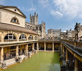 275px-Roman_Baths_in_Bath_Spa,_England_-_July_2006